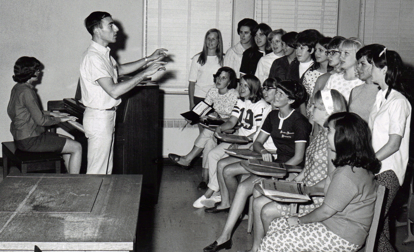 Denis with Avoca chorus - 1964